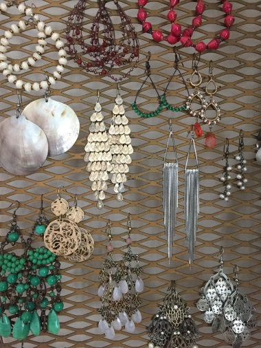Hanging Earrings keeps them together and looks smart.